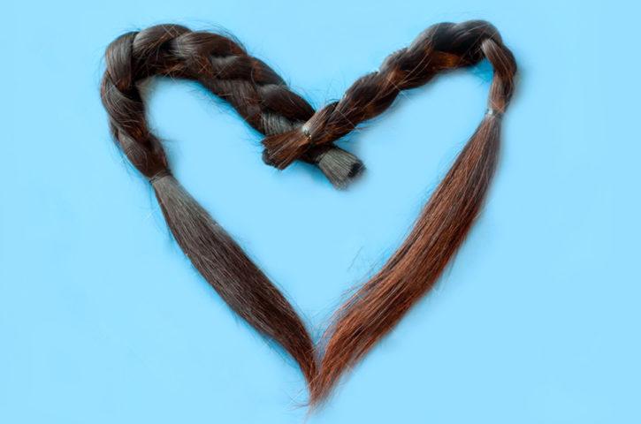 Donare i capelli per le pazienti oncologiche